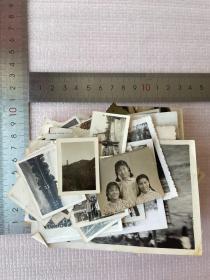 一批老照片,约130张,合售,尺寸不一,有美女非常漂亮,有一些是民国的