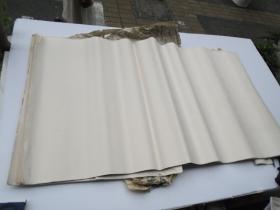 老宣纸一刀 86张 尺寸100*54厘米,老纸有几张靠边有小裂口,包真,详见书影  放在对面柜台靠消防栓处。
