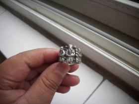 清代【福禄寿】人物图案四连环!银戒指!工艺精湛。直径2.1厘米,重10克