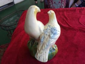 陶瓷鸟摆件