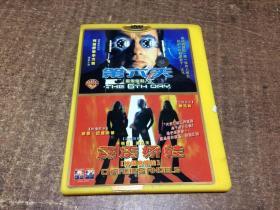DVD   双面碟 第六天583  霹雳娇娃584     架163