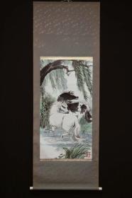 海派大家-刘旦宅 《柳塘双骏图》 日式原装裱带木盒及原包装