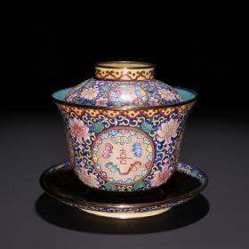 清代 铜胎蓝釉画珐琅「福禄寿喜」茶盖碗。