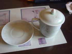 鲁青瓷茶杯