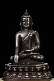 ,银释迦牟尼鎏金背光像
