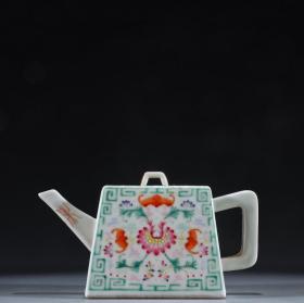 回流 粉彩福寿纹茶壶