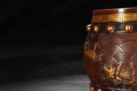 精铸铜胎鎏金海水异兽纹笔筒