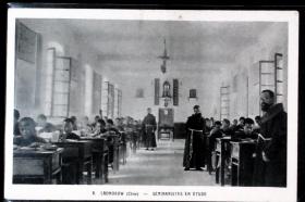 0239 老河口教会学校内景 清末法国教会版老明信片