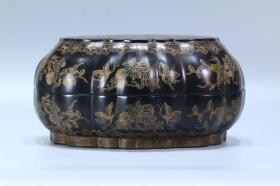 乾隆 官造漆器漆金缠枝花卉纹盖盒