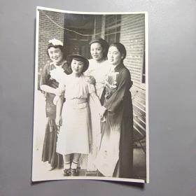 老照片  日本女人      (尺寸:10CM*7.5CM)