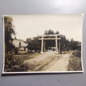 二战时期民国照片—鬼子神社      (尺寸:15.2*11厘米)