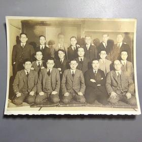 民国日本老照片合影   尺寸:14.5*10.5厘米