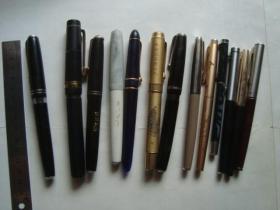 旧钢笔13个