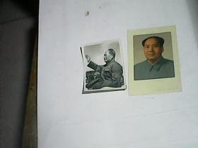 毛主席着军装 戴红卫兵袖标的黑白照片一张  毛主席 像一张