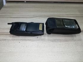 摩托罗拉 168VA 翻盖手机