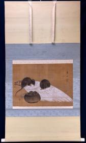 古画,日本回流,鹤山款《鼠》,绢本,揭裱过有修补,时代在江户早期或更早,画工一流,塑料轴头,尺寸画芯:54*39
