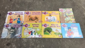 体验英语少儿阅读文库 (32本合售)