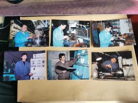 长春第一汽车制造厂工人工作的老照片,工人着厂服 (80-90年代彩色老照片,5张合售)