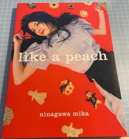 日版 明星 蜷川 実花  (写真)  like a peach 04年4刷绝版 不议价不包邮