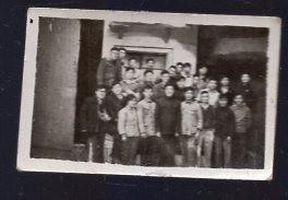1963年云南大学《年青的一代》的舞台工作人员合影小照片1张【1954年原版老照片】