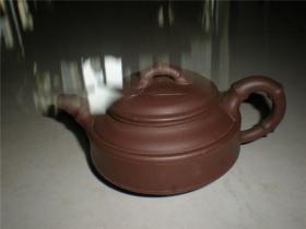 收藏名家适用老紫砂壶:八十年代储菊英制一厂老紫泥双线竹鼓壶老紫砂壶