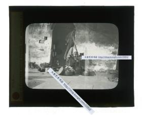 清代民国玻璃幻灯片-----清末民初街头修鞋的摊位民俗旧影