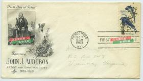 """1963年美国著名的画家、博物学家约翰·詹姆斯·奥杜邦John James Audubon 纪念邮票首日封,他绘制的鸟类图鉴被称作""""美国国宝""""。奥杜邦一生留下了无数的画作,他的每一部作品不仅是科学研究的重要资料,也是不可多得的艺术杰作,他先后出版了《美洲鸟类》和《美洲的四足动物》两本画谱。其中的《美洲鸟类》曾被誉为19世纪最伟大和最具影响力的著作。奥杜邦的作品对后世野生动物绘画产生了深刻的影响"""