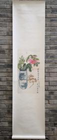 赵叔孺弟子、近代海上著名画家潘君诺《瓶花引蜂图》竖幅一帧