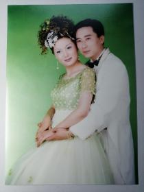 彩色照片:结婚合影(12*18cm)+底片