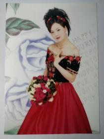 彩色照片:礼服美女(12*18cm)+底片