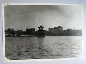 老照片:南湖湖心亭