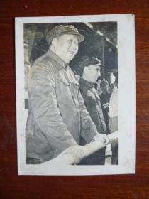 文革照片 毛主席、林彪在天安门城楼上检阅文化革命大军【保文革老照片】