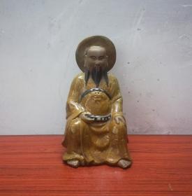 工艺精美的祖庙北帝瓷塑像