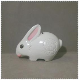 可爱的文革大白兔瓷塑硬币罐
