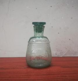 民国的六邑恒利厂玻璃酱油瓶