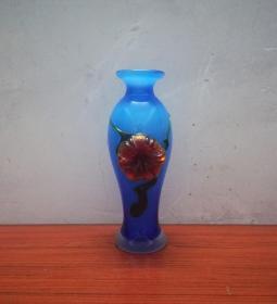 非常漂亮的文革琉璃瓶子