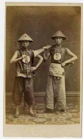 一顶罕见的竹藤编清兵帽