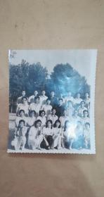 80年代廊坊师范专科学校合影(局部)