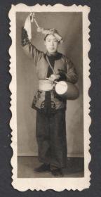 五十年代,书签式老照片,山西腰鼓表演老照片