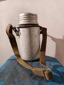 《坦克兵的水壶》抗战物品二战物品 红色收藏 博物馆展览品