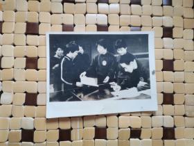 中日乒乓球运动员签名照片