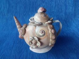 创汇期7-80年代贝壳粘拼工艺品摆件完美品端把小茶壶酒壶艺术构思设计精巧爱不释手
