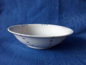 世界之窗饮食文化-民国粉彩手绘花草树叶几何纹饰日本折沿描金大海碗13个老的铜锯子