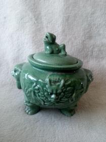 80年代瑞兽螭虎衔环双耳瓷塑生肖辰龙绿釉三足茶叶罐家庭陈设会所展示老物件