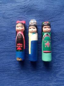 创汇期70年代浙江嵊县泥塑泥人穿民族服装的动画卡通美少女红楼梦十二金钗家庭陈设