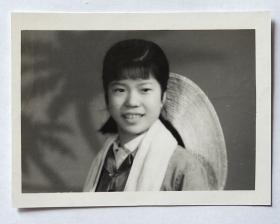 老照片:背草帽美女——知青——  。【桐阴委羽系列】