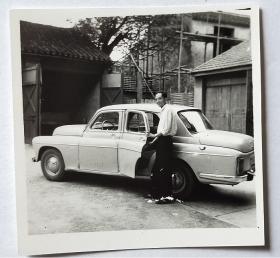 老照片:——老式轿车—— 。【桐阴委羽系列】