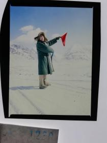 1280  电影明星 美女 剧照反转片  《砂砾》  雪山上我用红旗传信号