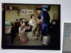 2235   古装 清宫类 慈禧 小德张故事改编电影 明星 美女 剧照反转片《太监秘史》1990年   欺男霸女
