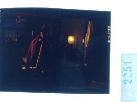 2251   古装 清宫类 慈禧 电影 明星 美女 剧照反转片姜文、刘晓庆、徐帆主演《大太监李莲英》1991年 灯火背后的李莲英 姜文